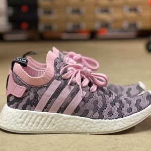 Adidas NMD R2 Primeknit Boost Womens Shoes Size 9